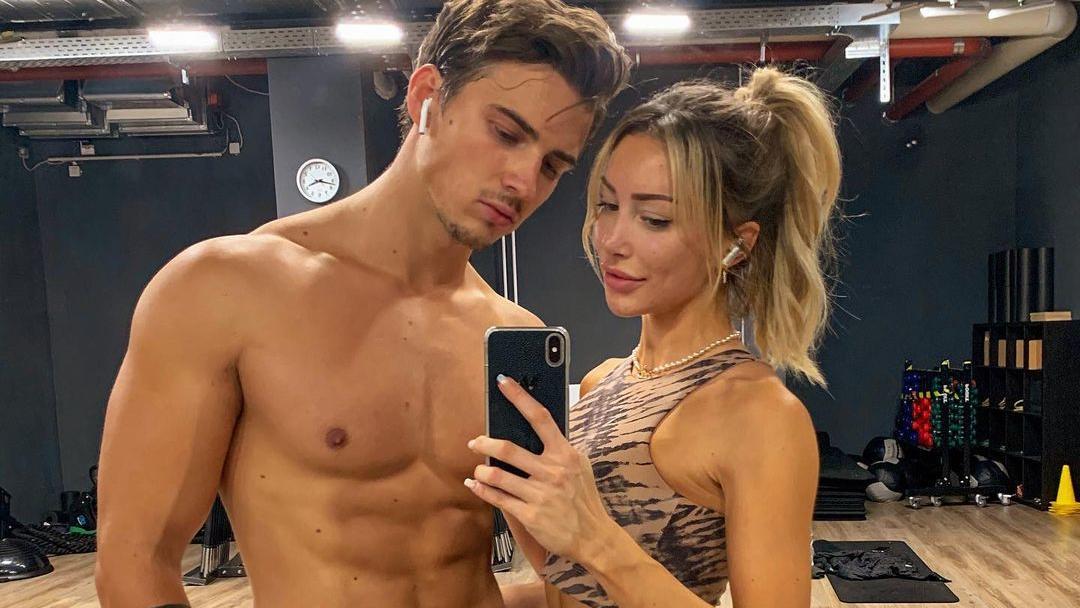 Richard Heinze und Caroline Einhoff sind seit einigen Monaten ein Paar.