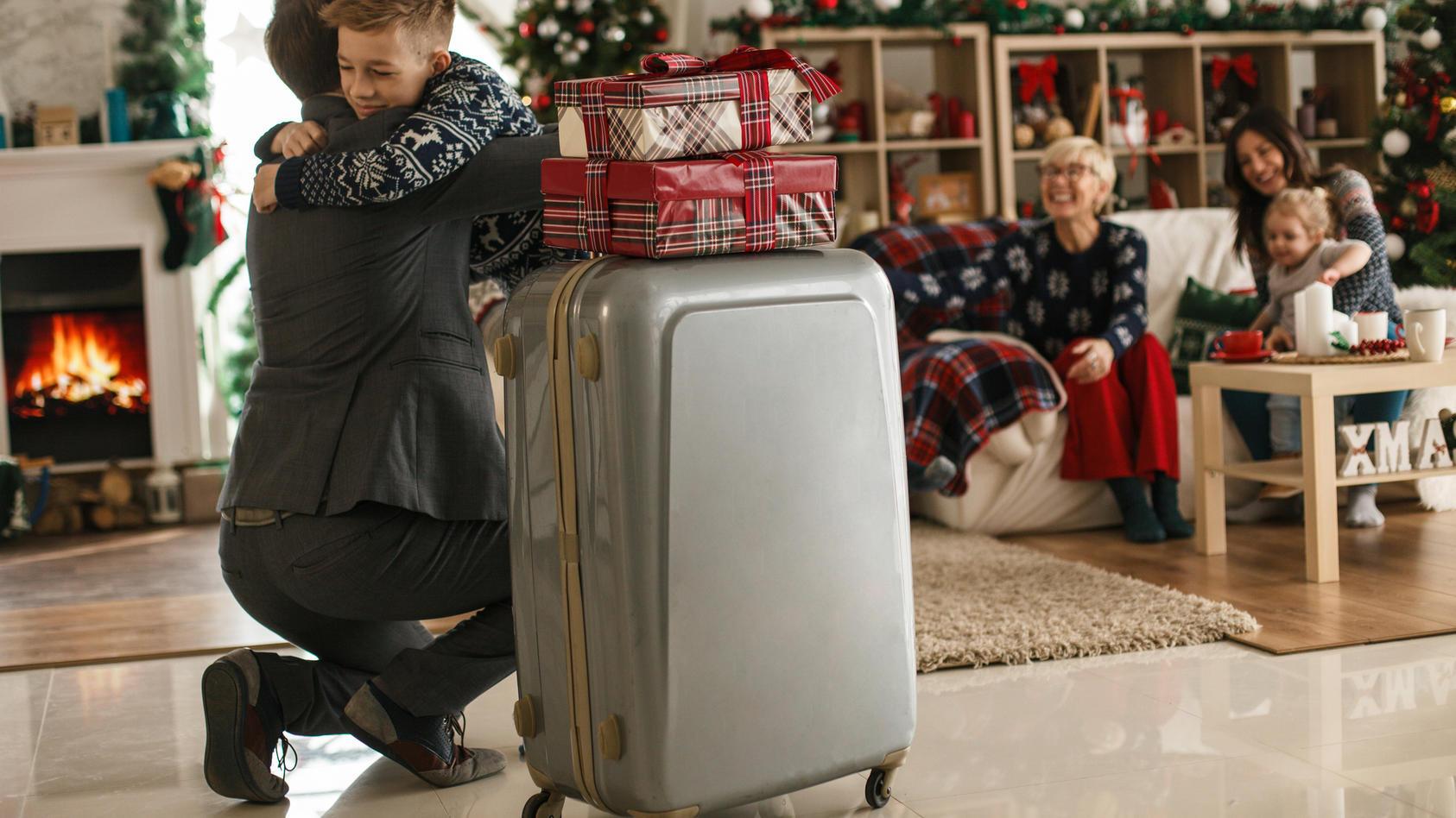 Wenn die Familie zu Corona-Zeiten aus dem Ausland zu Besuch kommt, gelten besondere Regeln.