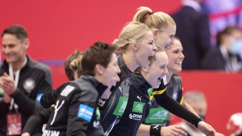 Die DHB-Frauen hatten das Auftaktspiel bei der EM mit 22:19 gegen Rumänien gewonnen. Foto: Bo Amstrup/Ritzau Scanpix/dpa