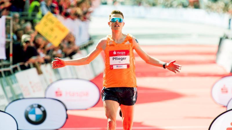 Marathonläufer Philipp Pflieger. Foto: Malte Christians/dpa/Archivbild