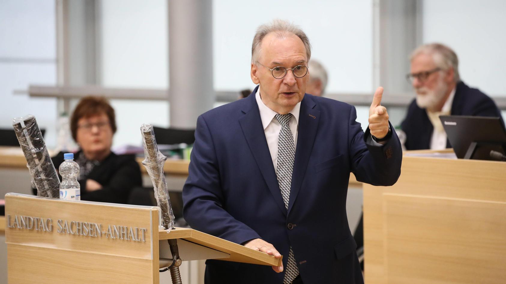 Ministerpraesident Dr. Reiner Haseloff (CDU,Sachsen Anhalt) - Aktuelle Debatte mit dem Thema aus der Corona Krise lerne