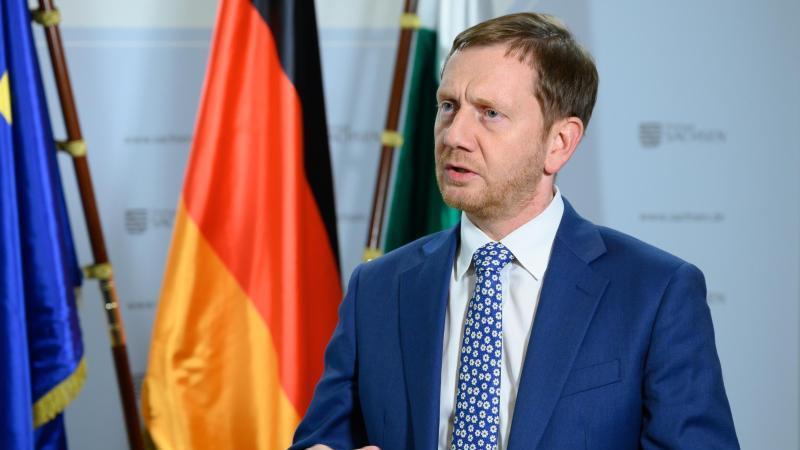 Michael Kretschmer rät der Sachsen-Anhalt-CDU zu höherem Rundfunkbeitrag. Foto: Sebastian Kahnert/dpa-Zentralbild/dpa/Archiv