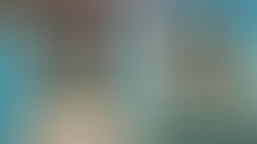 """Pamela Tiffin und Horst Buchholz in Billy Wilders Film """"Eins, zwei, drei"""""""