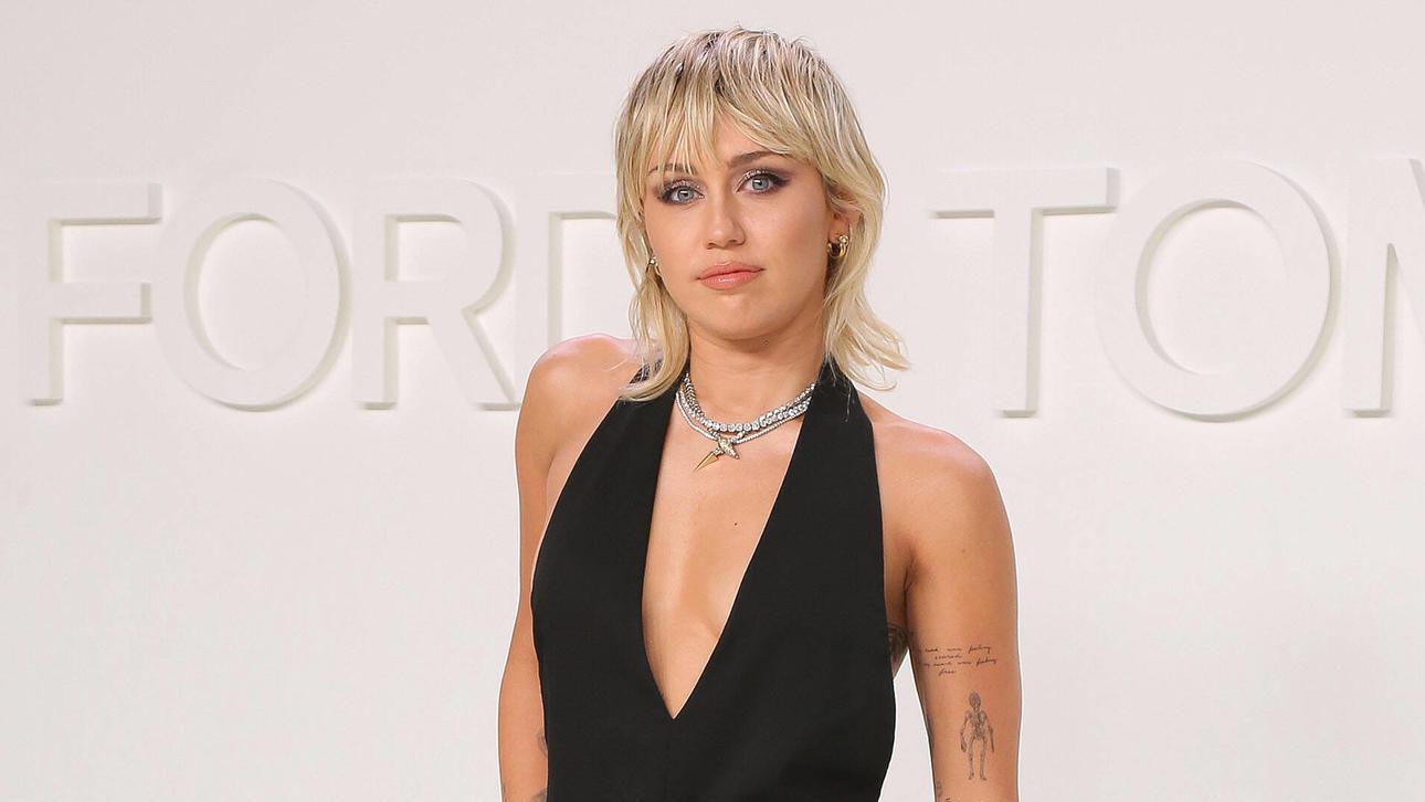 Miley Cyrus weiß, wie sie ihre weiblichen Reize gekonnt in Szene setzt.