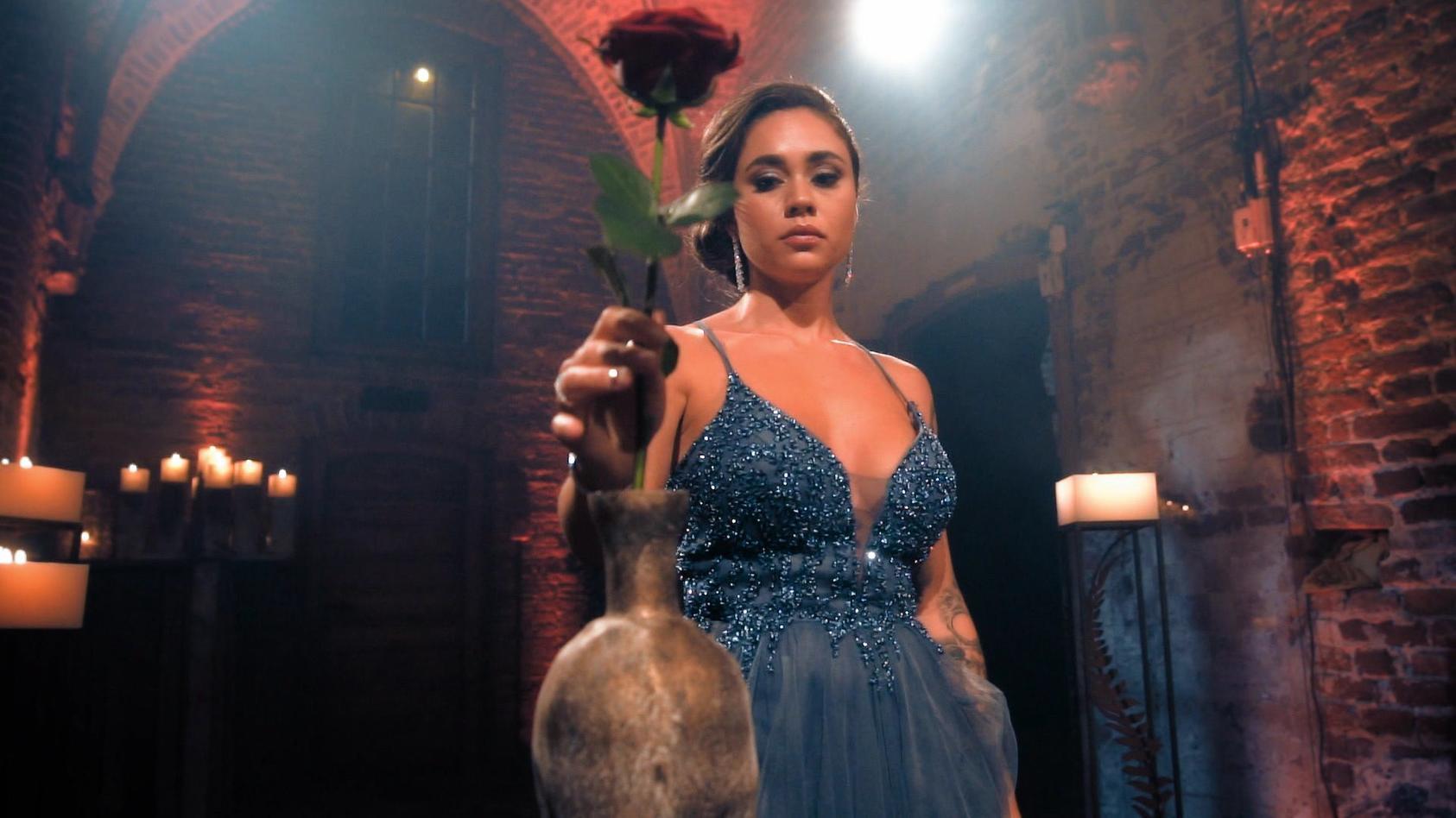 Im Finale verteilt Melissa ihre allerletzte Rose.