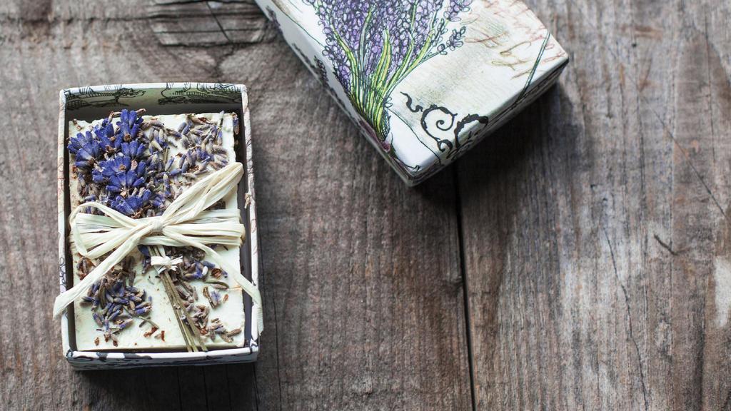 Lavendel-Seife selber machen diy.jpg