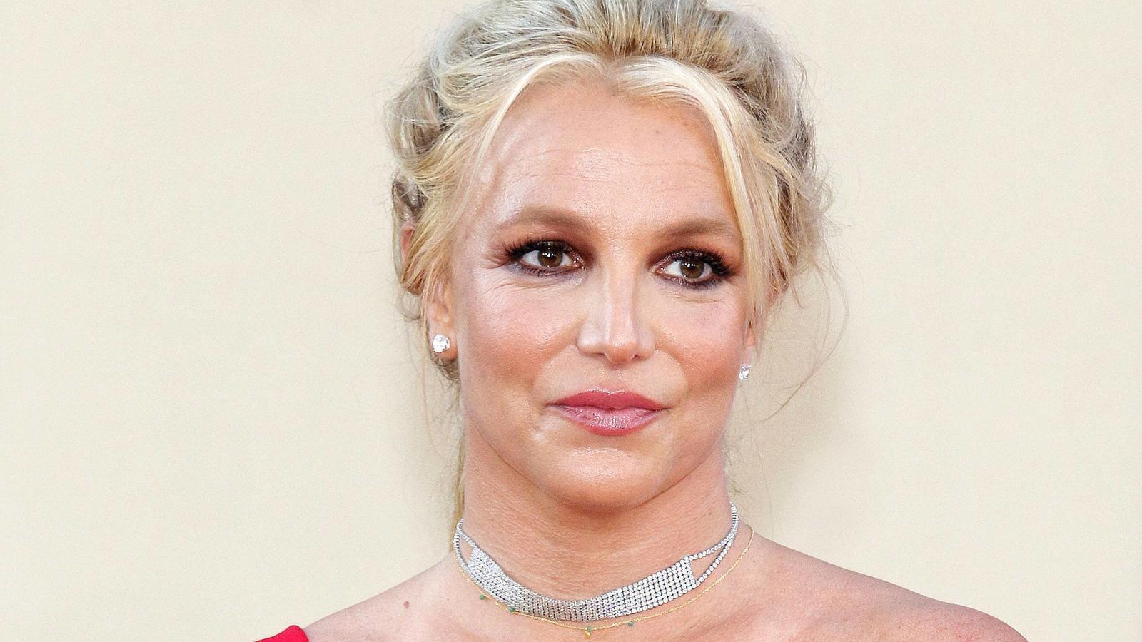 Britney Spears äußert sich kritisch zu den Dokumentationen über ihr Leben.