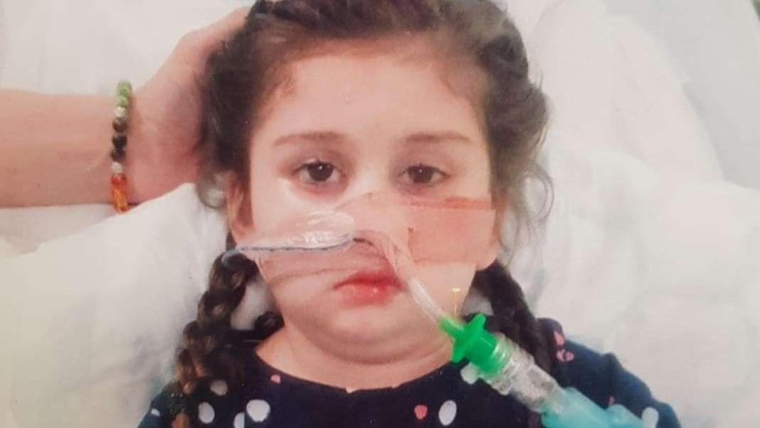 Die Ärzte haben Pippa aufgegeben und wollen die Fünfjährige sterben lassen.
