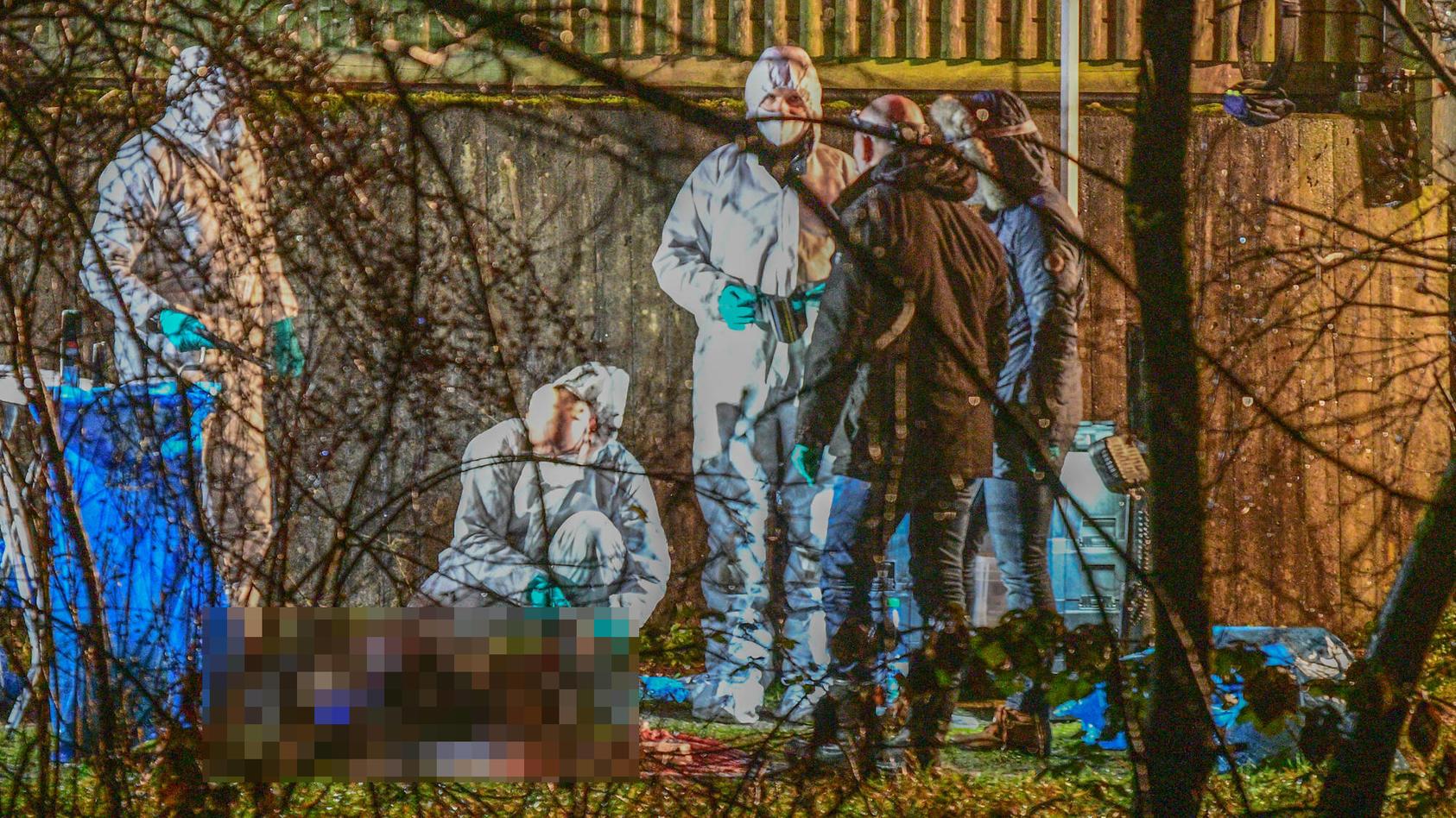 Ein Mann wird bei einem Spaziergang mit seiner Ehefrau brutal erschlagen. Die Täter sind auf der Flucht.