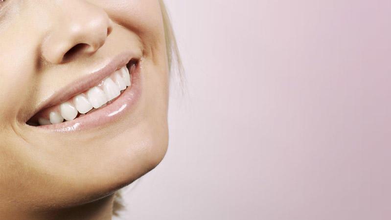 Auch diese Pflegestifte mögen gegen spröde Lippen helfen. Doch dass sie für die Organe weniger gut sind, hat Ökotest herausgefunden.