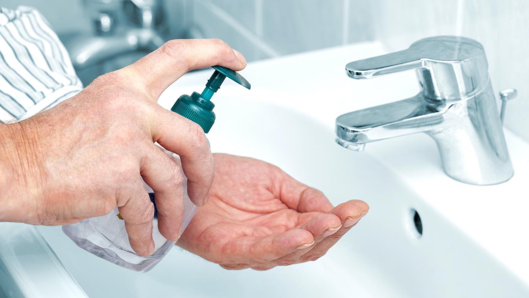 Seife ist nicht gleich Seife: Öko-Test hat 55 Flüssigseifen geprüft.