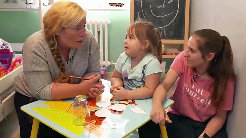 Funktioniert die Hund-Kind-Methode bei Ayla? Die 4-Jährige bringt ihre Eltern und ihre kleine Schwester regelmäßig an die Grenzen.