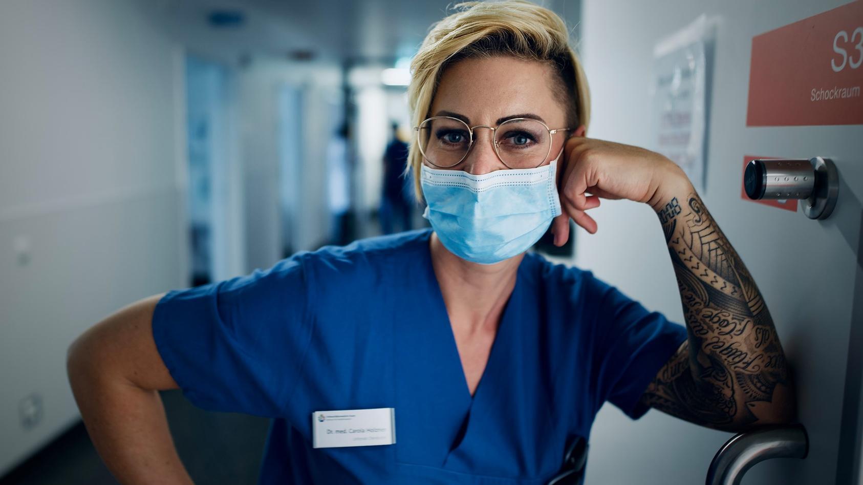 Die bloggende Oberärztin Dr. Caro Holzner macht ihrem Ärger in einem Wut-Posting bei Facebook Luft.