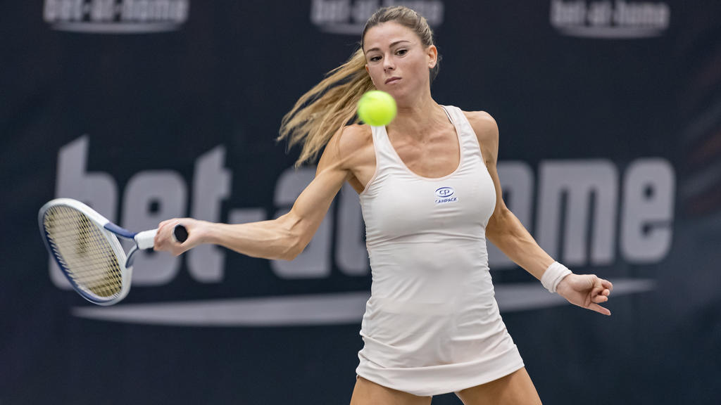 LINZ, AUSTRIA - NOVEMBER 11: Camila Giorgi of Ita in action during Day 3 of the Upper Austria Ladies Linz at TipsArena Linz on November 11, 2020 in Linz, Austria. (Photo by Alexander Scheuber/Getty Images)