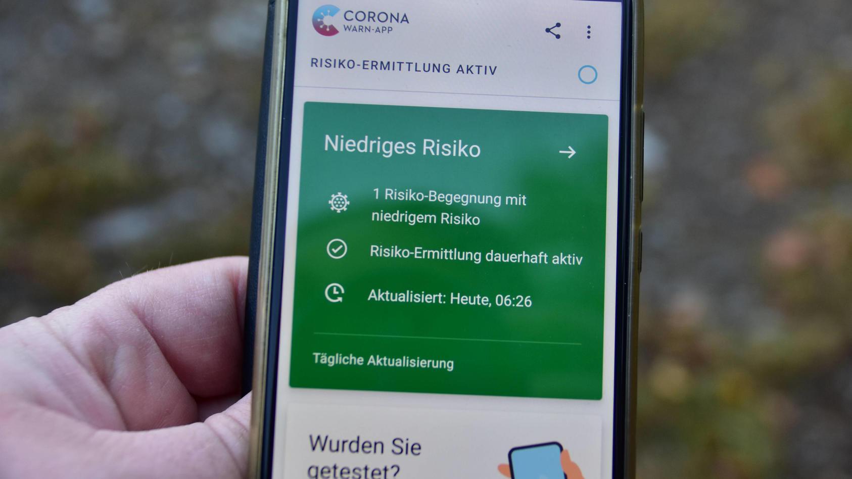 Corona Warn App - Risikobegegnung Meldung der Corona Warn App über eine Risiko Begegnung mit niedrigem Risiko Bad Laer