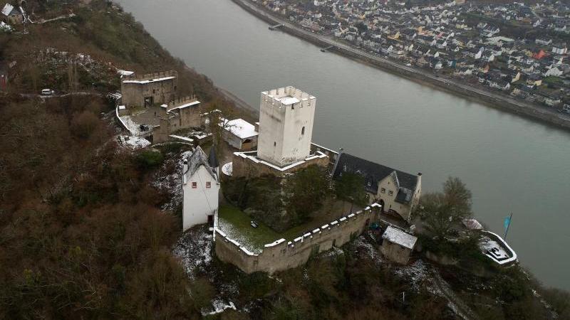 Bei Ausgrabungen an der Burg Sterrenberg ist die wohl älteste Burgkapelle am Mittelrhein gefunden worden. Foto: Thomas Frey/dpa/Aktuell