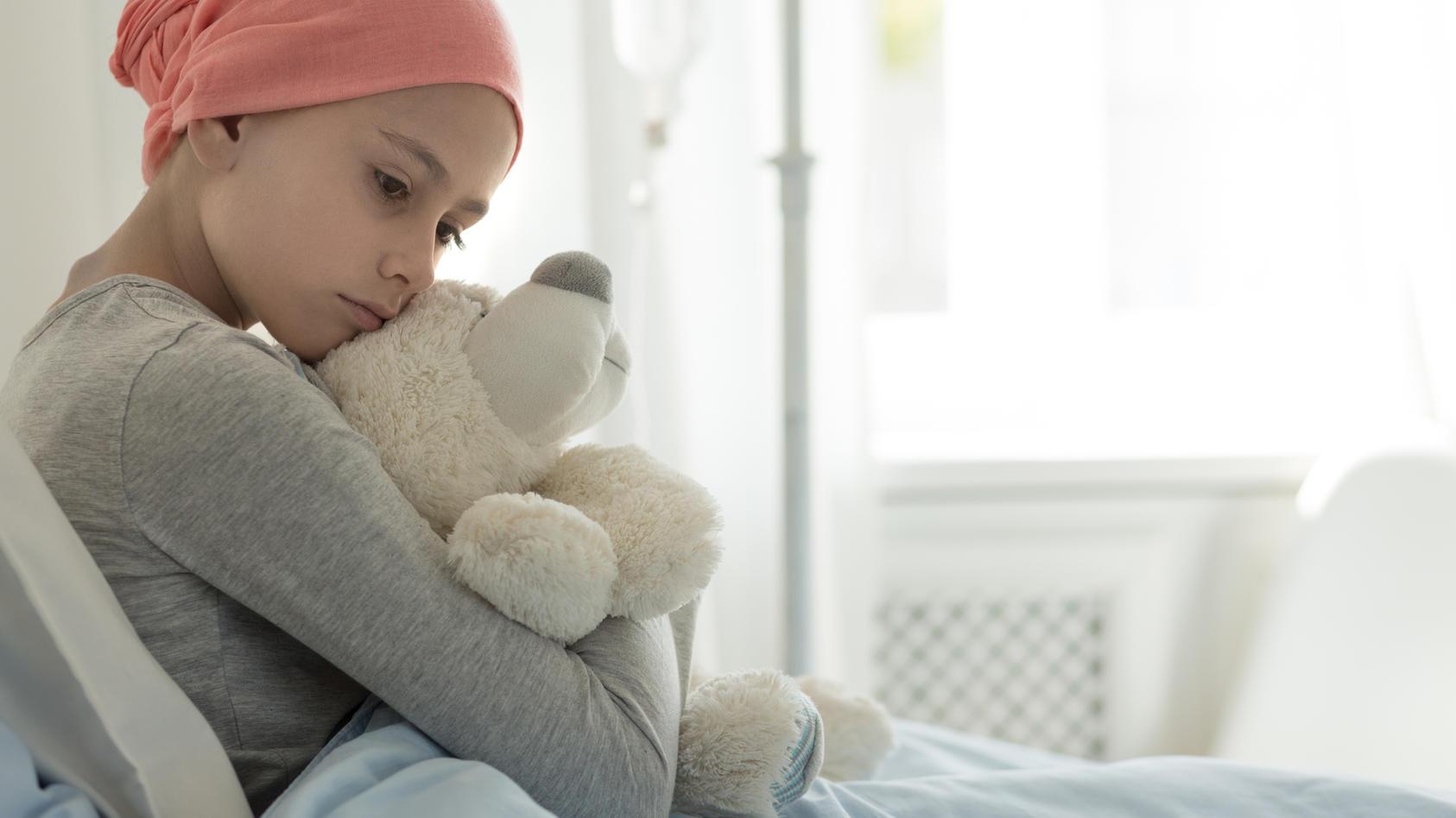 Kind ist an Krebs erkrankt