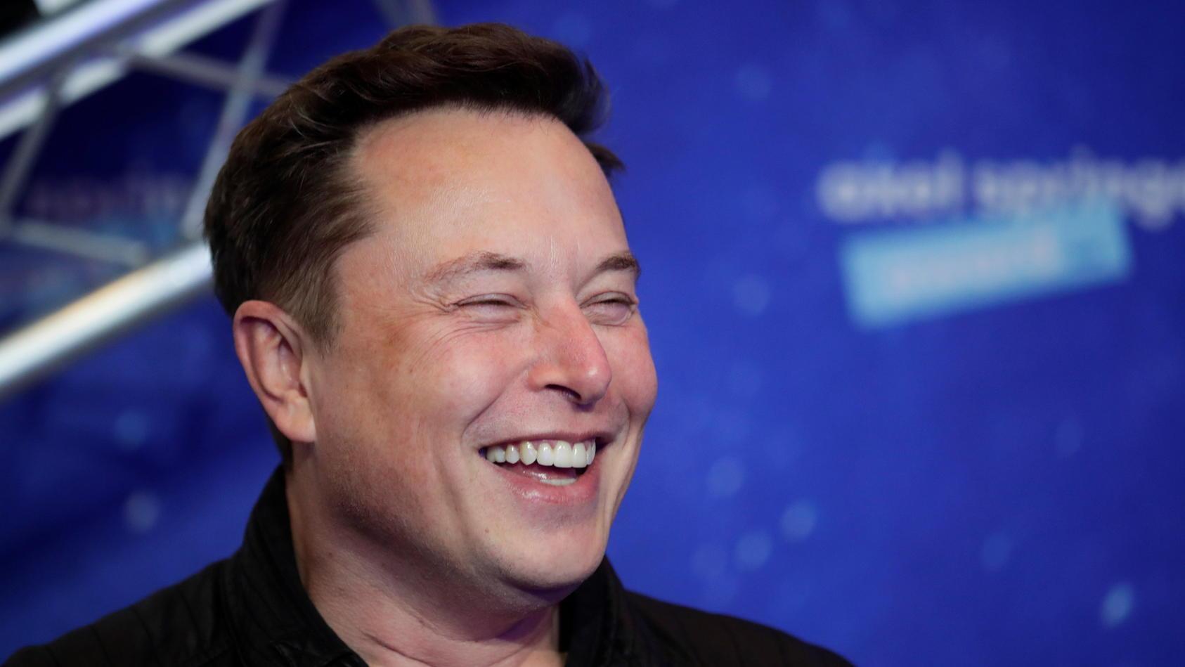 """Elon Musk sorgt mit einem Tweet über """"Signal"""" bei Anlegern für Verwirrung."""