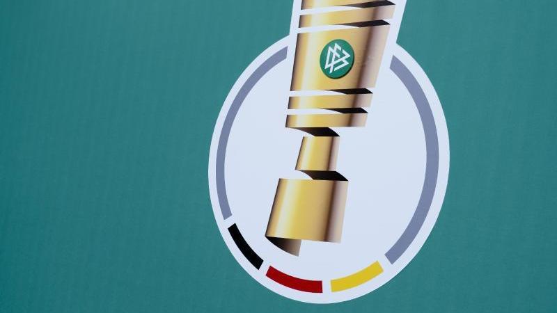 Holstein Kiel bestreitet sein nächstes DFB-Pokalspiel gegen Darmstadt 98 am 2. Februar. Foto: Frank Molter/dpa/Archivbild