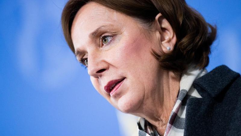 Yvonne Gebauer (FDP), Schulministerin von Nordrhein-Westfalen. Foto: Rolf Vennenbernd/dpa/Archivbild