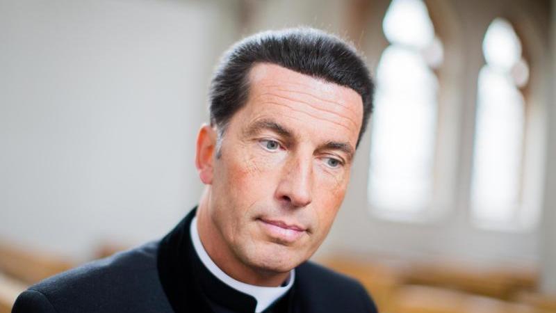 Der oberste Katholik von Bonn, Stadtdechant Wolfgang Picken, hat die Spitze des Erzbistums Köln kritisiert. Foto: Rolf Vennenbernd/dpa/Archivbild