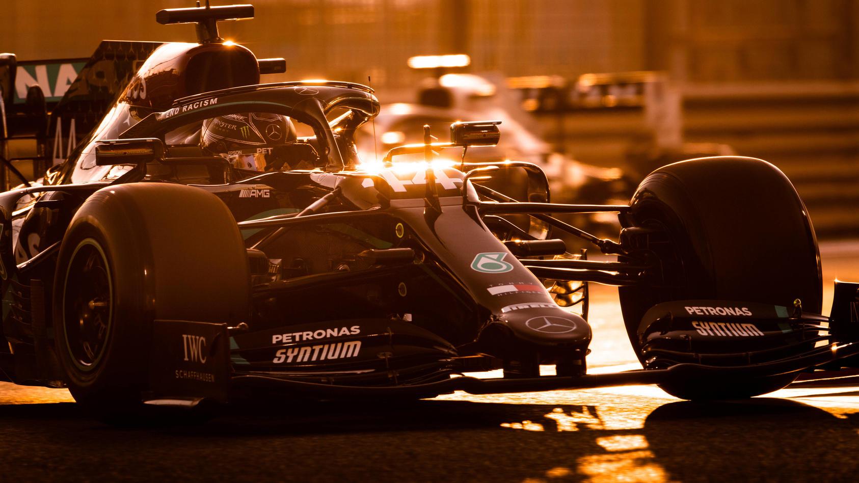 Lewis Hamilton in seinem Mercedes.