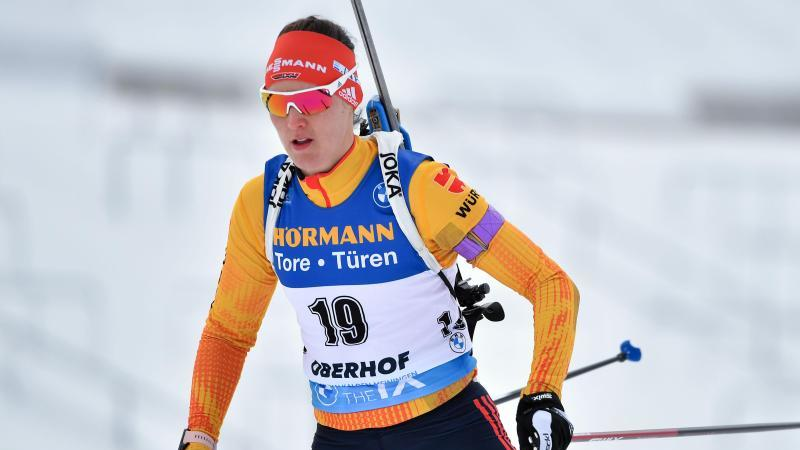 Will es am zweiten Oberhof-Wochenende mit den deutschen Biathlon-Frauen in der Staffel besser machen als eine Woche zuvor: Denise Herrmann. Foto: Martin Schutt/dpa