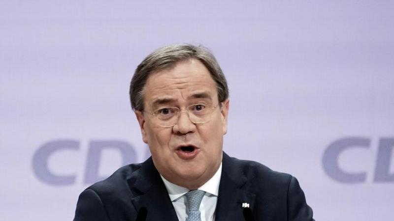 NRW-Ministerpräsident und neu gewählter Parteivorsitz, Armin Laschet, spricht. Foto: Michael Kappeler/dpa