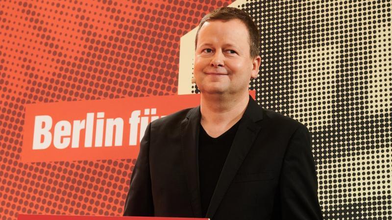 Klaus Lederer (Die Linke), Berlins Senator für Kultur, spricht. Foto: Annette Riedl/dpa