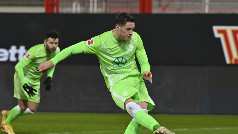 Wolfsburgs Wout Weghorst während eines Spiels. Foto: John Macdougall/AFP-Pool/dpa-mag
