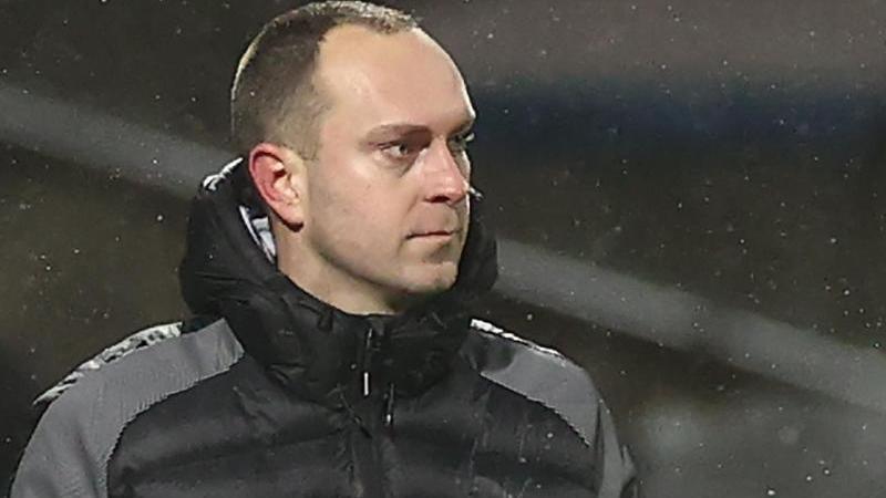 Trainer Ole Werner von Kiel gestikuliert. Foto: Christian Charisius/dpa