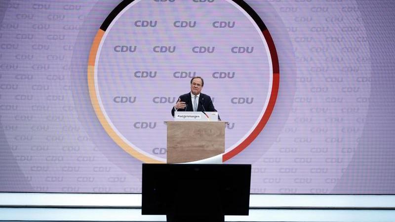 Der neue Parteivorsitzende Armin Laschet spricht beim Bundesparteitag der CDU. Foto: Michael Kappeler/dpa