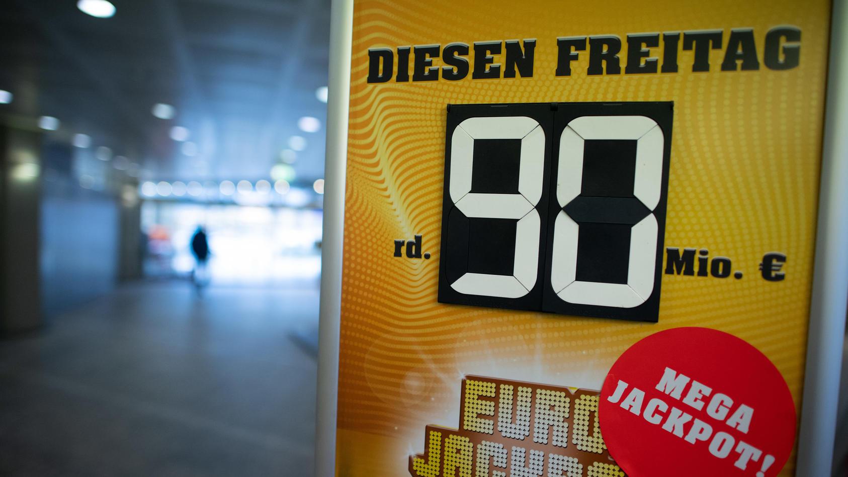 Eurojackpot von 90 Millionen Euro von einem Ostwestfalen geknackt.