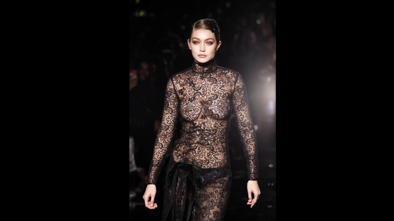 Gigi Hadid auf der Tom Ford Fall/Winter 2020 Show.