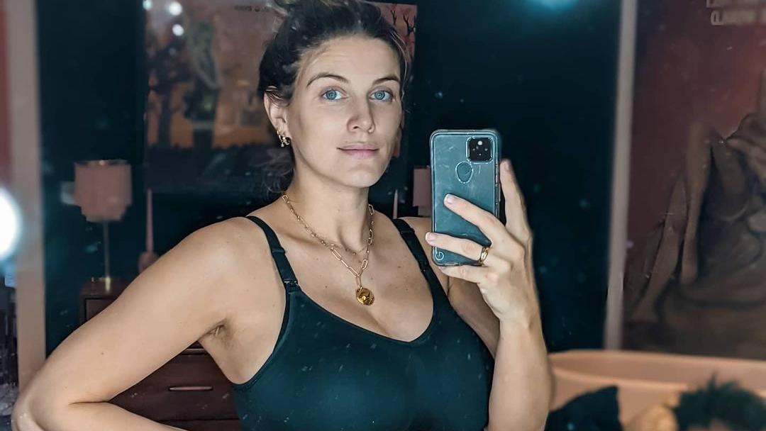 Model Ashley James ist vor einigen Tagen Mutter eines Sohnes geworden.