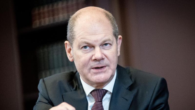 Hat bereits das Kreditvolumen für das laufende Jahr angepasst: Bundesfinanziminister Olaf Scholz. Foto: Kay Nietfeld/dpa