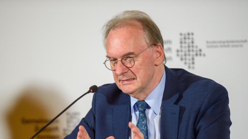 Reiner Haseloff (CDU), Ministerpräsident des Landes Sachsen-Anhalt, spricht. Foto: Klaus-Dietmar Gabbert/dpa-Zentralbild/dpa