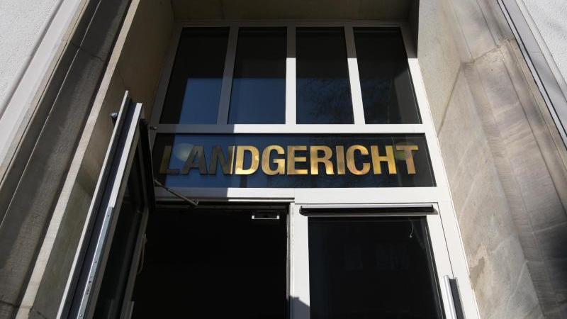 Eine Außenansicht zeigt das Landgericht Dortmund. Foto: Ina Fassbender/dpa/Archivbild