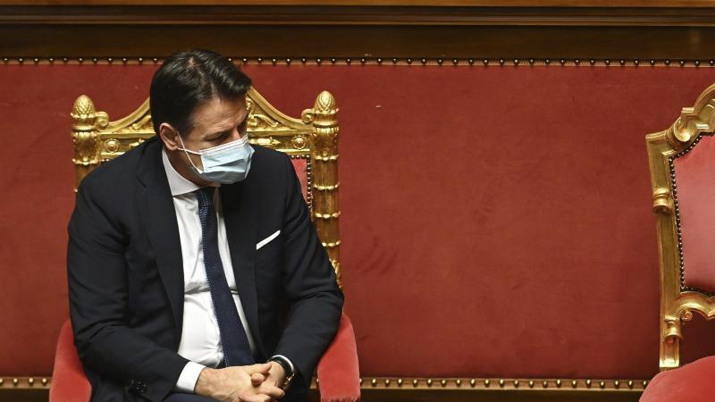Italiens Ministerpräsident Giuseppe Conte gewinnt das Vertrauen. Nun führt er eine Minderheitsregierung. Foto: Andreas Solaro/Pool AFP/AP/dpa