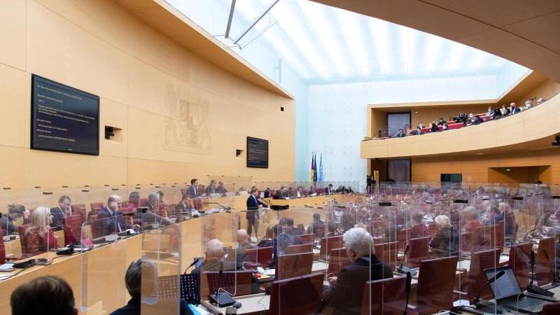 Blick in den bayerischen Landtag. Foto: Sven Hoppe/dpa