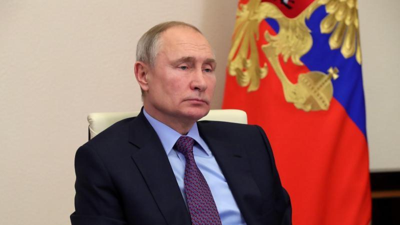 Kremlchef Wladimir Putin während einer Videokonferenz. Foto: Mikhail Klimentyev/Pool Sputnik Kremlin/AP/dpa