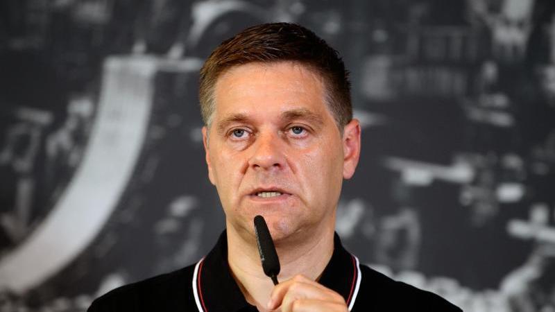 Union Berlins Manager Oliver Ruhnert spricht bei einer Pressekonferenz. Foto: Soeren Stache/dpa-Zentralbild/dpa/Archivbild