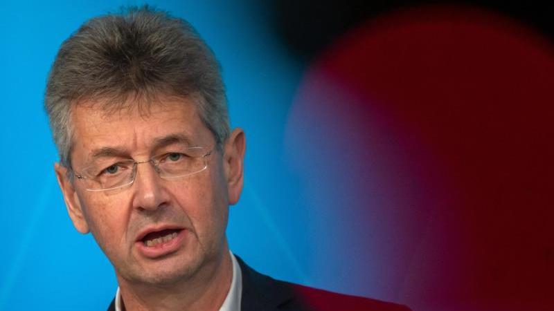 Michael Piazolo (Freie Wähler), bayerischer Kultusminister. Foto: Peter Kneffel/dpa/Archiv