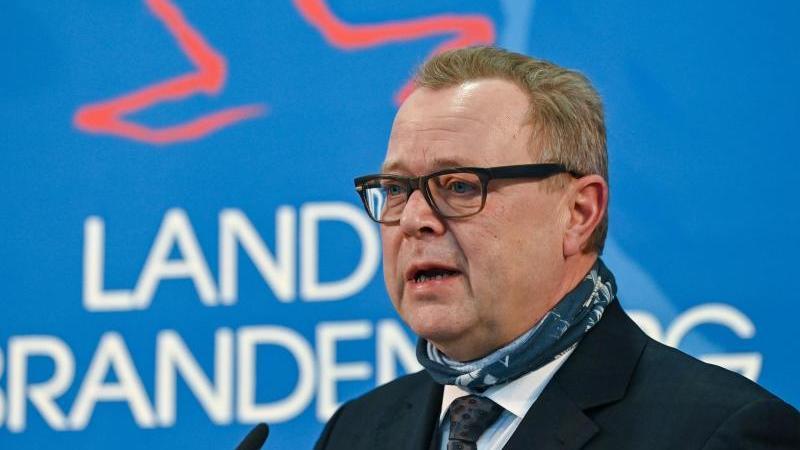 Michael Stübgen (CDU), Innenminister in Brandenburg. Foto: Patrick Pleul/dpa-Zentralbild/dpa