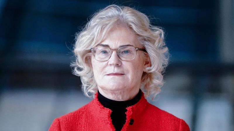 Bundesjustizministerin Christine Lambrecht möchte Einschränkungen für Geimpfte möglichst aufheben. Foto: Kay Nietfeld/dpa
