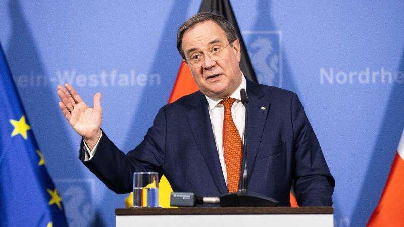 NRW-Ministerpräsident Armin Laschet muss noch als CDU-Chef per Briefwahl bestätigt werden. Foto: Marcel Kusch/dpa POOL/dpa