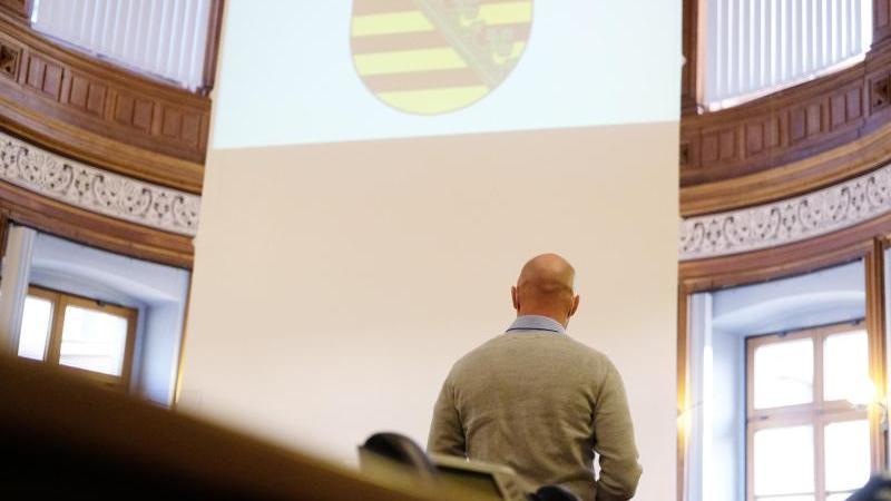 Der angeklagte frühere Bundeswehrsoldat des Kommandos Spezialkräfte (KSK) aus Nordsachsen im Landgericht Leipzig. Foto: Sebastian Willnow/dpa-Zentralbild/dpa