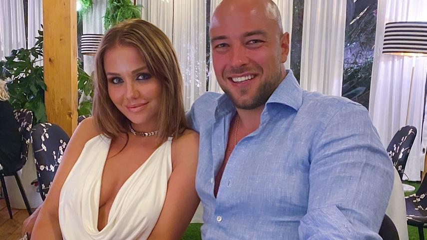 Kim Gloss wendet sich mit liebevollen Worten an ihren Verlobten Alexander Beliaikin.