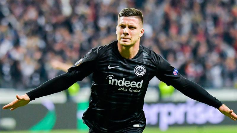 Luka Jovic in Aktion. Foto: Uwe Anspach/dpa/Archivbild