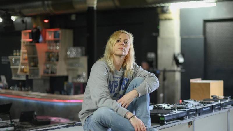 "Pamela Schobeß in ihrem geschlossenen Club ""Gretchen"". Foto: Jens Kalaene/dpa-Zentralbild/dpa"